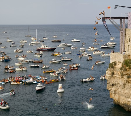 Rebull-Diving in Polignano a Mare